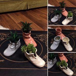 🦋2/$10 3/$15 4/$18 5/$20 Vintage Ceramic Shoes